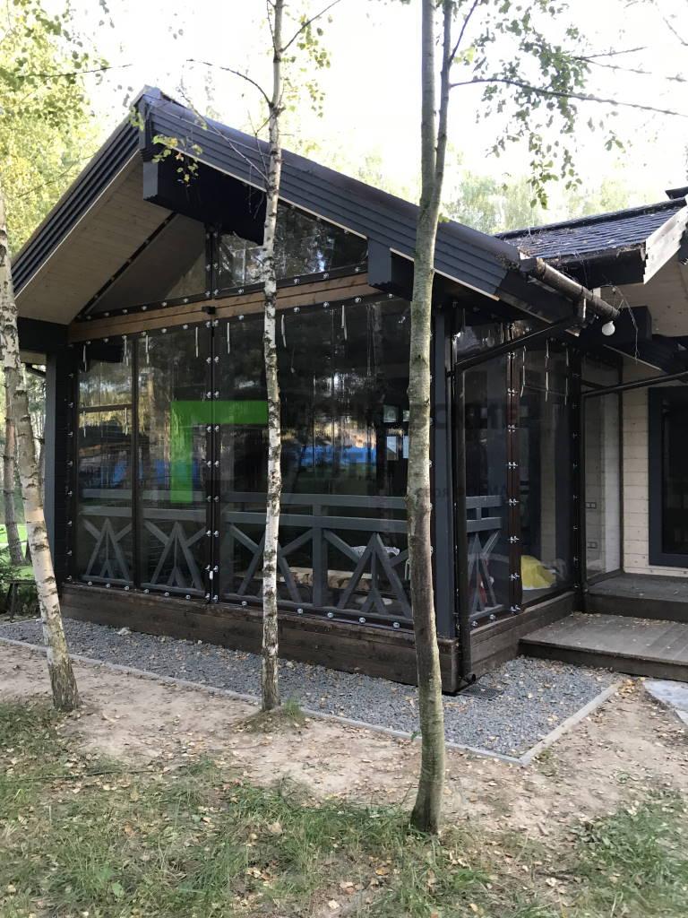Готовый объект с мягкими окнами на летней террасе