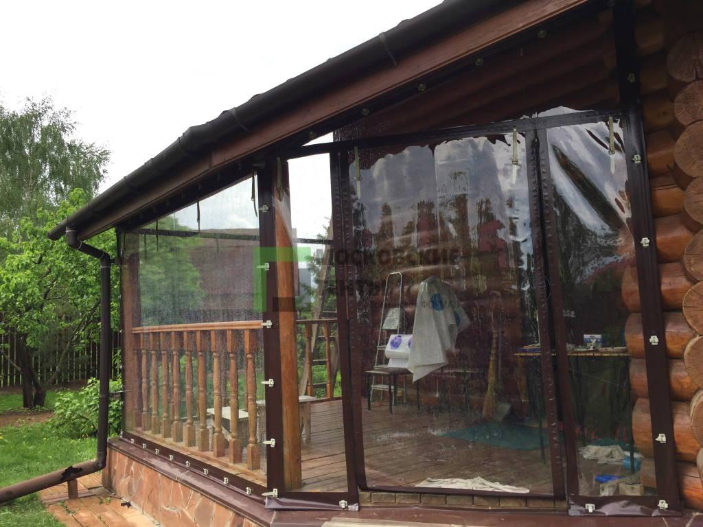 Гибкие шторы на бревенчатом доме